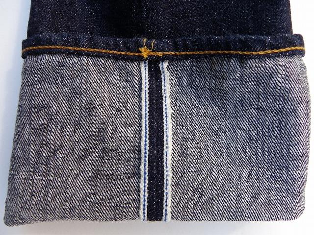 pure blue japan-ピュアブルージャパン- xx005 定番のザラ感の強い14オンスデニムを使用したスリムストレート 日本製