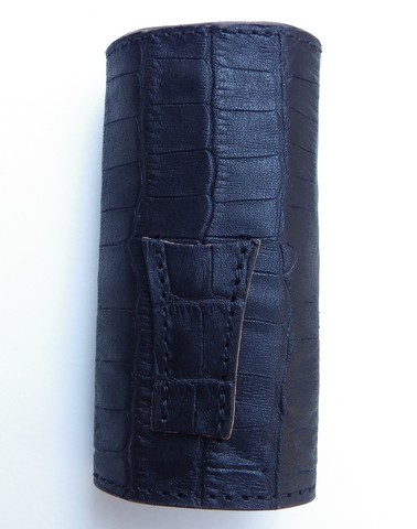 RE.ACT -リアクト- 国内でなめしたタンロー革を泥染めしてクロコダイル型押ししたキーケース 日本製