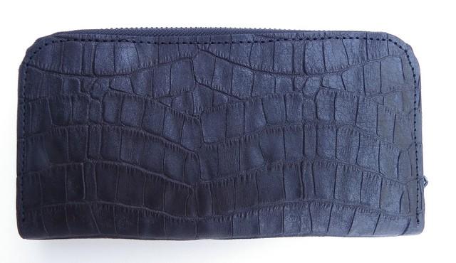 RE.ACT -リアクト- 国内でなめしたタンロー革を泥染めしてクロコダイル型押ししたラウンドファスナーロングウォレット 日本製