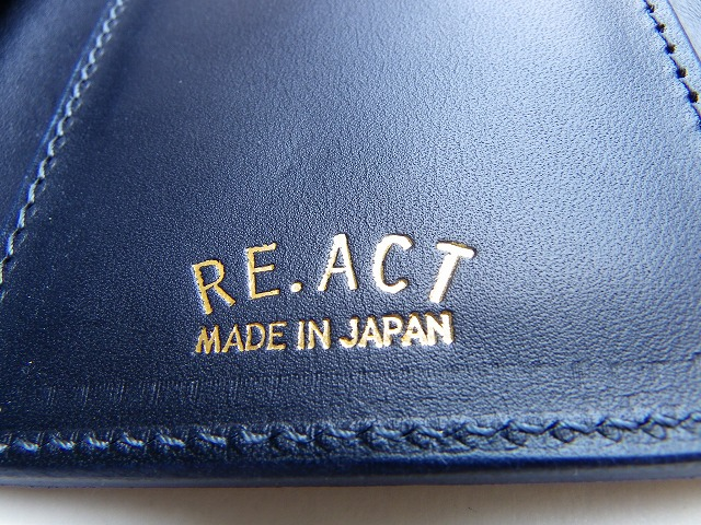 RE.ACT -リアクト- 藍染め刺し子風プリント3つ折りミドルウォレット 日本製