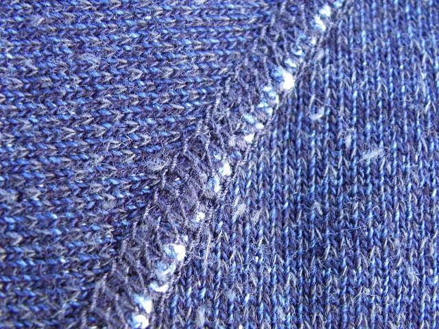 pure blue japan -ピュアブルージャパン- 綾裏毛と言う名の表情のある生地!無地プルオーバーパーカー 日本製