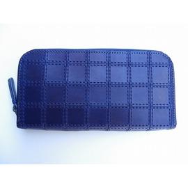 RE.ACT -リアクト- 国内でなめしたタンロー革を藍染めしパッチワーク柄に型押ししたロングジップウォレット 日本製